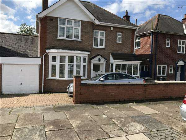 3 Bedrooms Detached House for sale in Kingsway Road