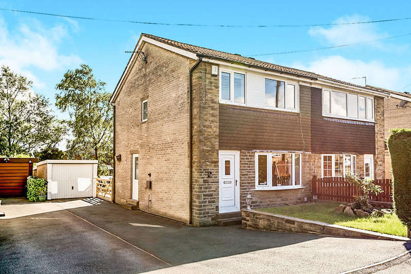 3 Bedrooms Semi Detached House for sale in Hainsworth Moor Grove, Queensbury, Bradford, BD13