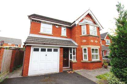 4 Bedrooms Detached House for sale in Cheadle Wood, Cheadle