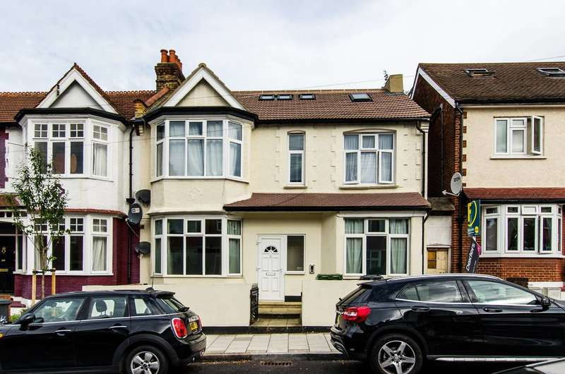 2 Bedrooms Flat for sale in Glencairn Road, Streatham Common, SW16