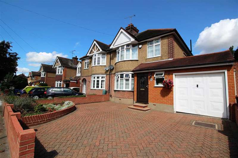 3 Bedrooms Semi Detached House for sale in Ward Avenue