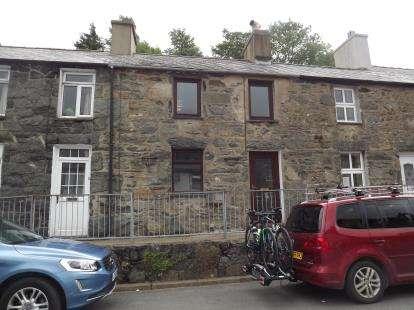 2 Bedrooms Terraced House for sale in Tan Y Graig, Rhyd Ddu, Caernarfon, Gwynedd, LL54