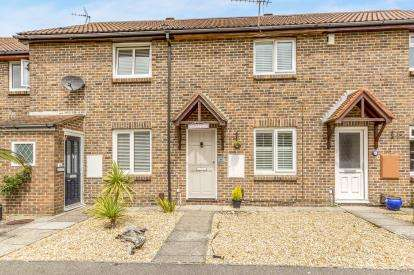 2 Bedrooms Terraced House for sale in Southsea, Hampshire, United Kingdom