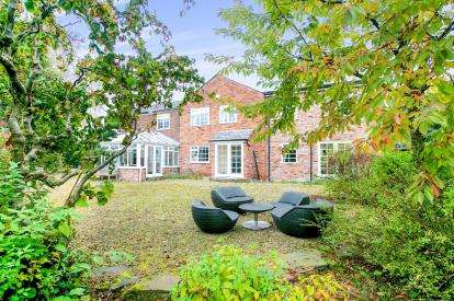 4 Bedrooms Detached House for sale in Beswicks Lane, Alderley Edge, Cheshire