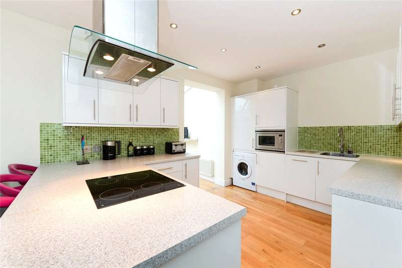 2 Bedrooms End Of Terrace House for sale in Bloomhall Road, London