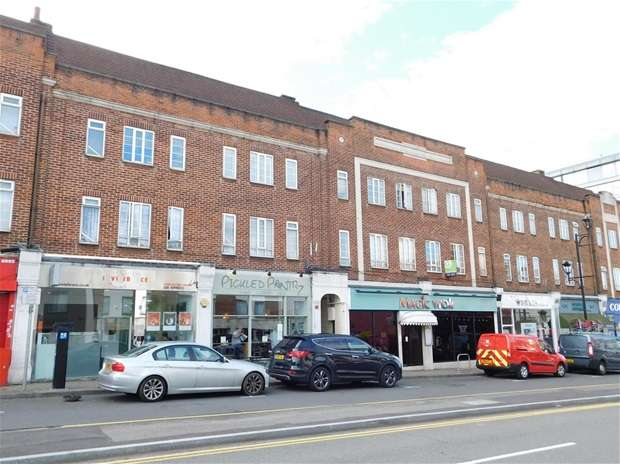 2 Bedrooms Flat for sale in Central Parade, St. Marks Hill, Surbiton
