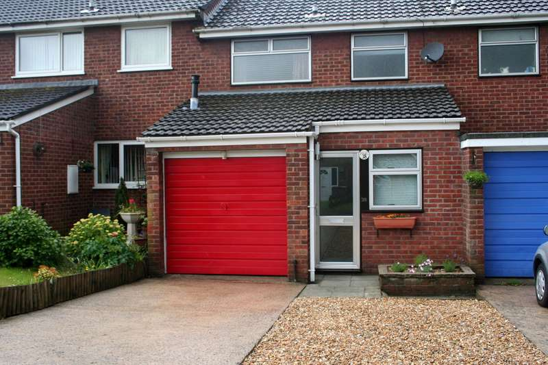 3 Bedrooms Terraced House for sale in Buxton Close, Newport, NP20