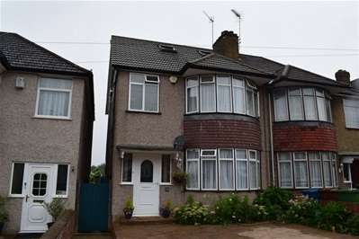 4 Bedrooms Semi Detached House for sale in Bengarth Drive, Harrow Weald