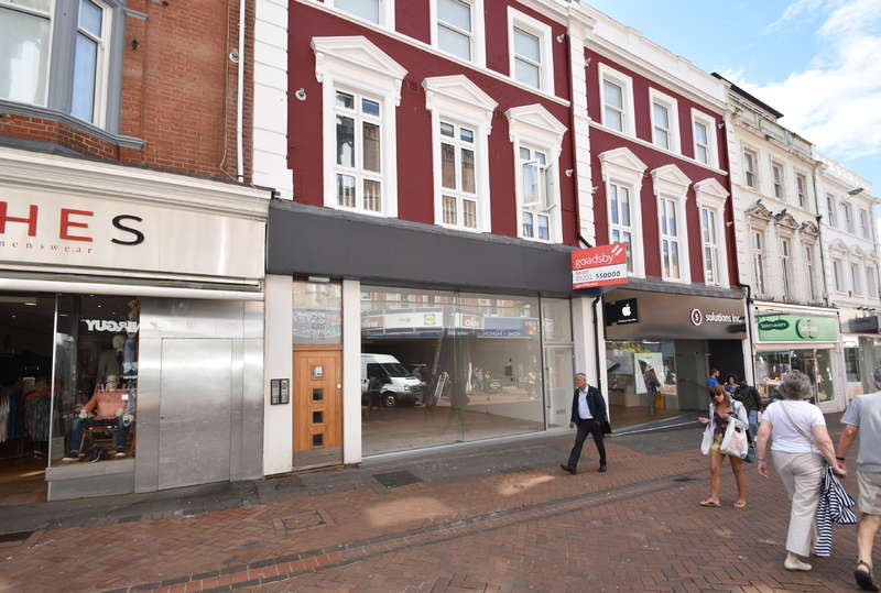 Shop Commercial for rent in 84 Old Christchurch Road, Bournemouth, Dorset BH1 1LR