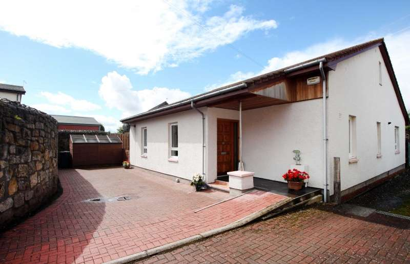4 Bedrooms Bungalow for sale in Kilbagie Street, Kincardine, FK10 4QX