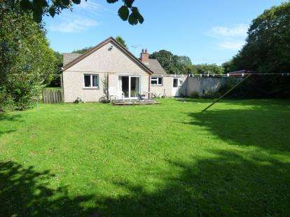 4 Bedrooms Bungalow for sale in Newquay, Cornwall, Uk