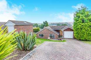 4 Bedrooms Detached House for sale in Wanderdown Close, Ovingdean, Brighton, East Sussex