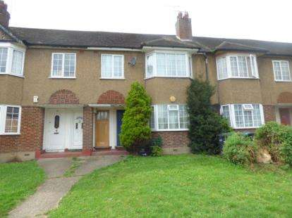 1 Bedroom Flat for sale in Eaton Road, Enfield