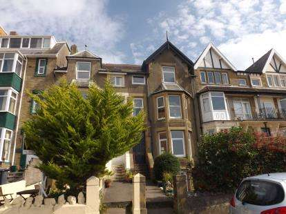 1 Bedroom Flat for sale in Sandylands, Morecambe, Lancashire, LA3