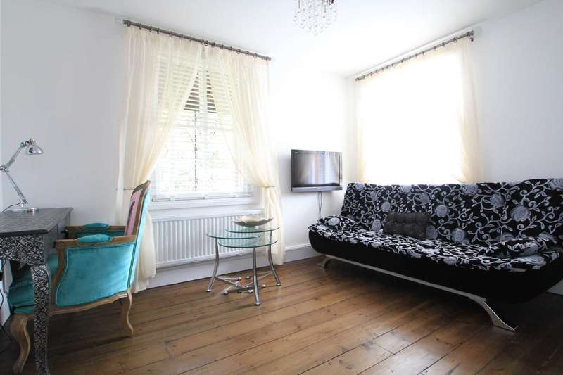 2 Bedrooms Flat for rent in Abingdon Road, South Oxford