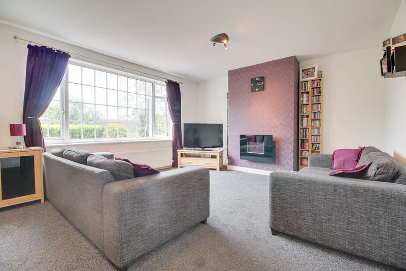 3 Bedrooms Semi Detached House for sale in Rockcliffe Road, Rawmarsh