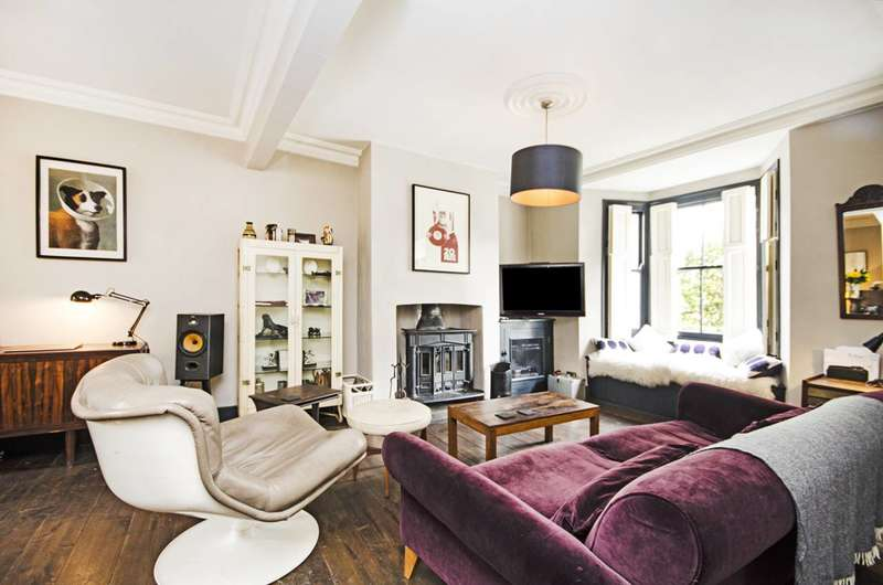 2 Bedrooms House for sale in Kenton Road, Victoria Park, E9