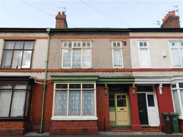 3 Bedrooms Terraced House for sale in Whalley Ave, Manchester