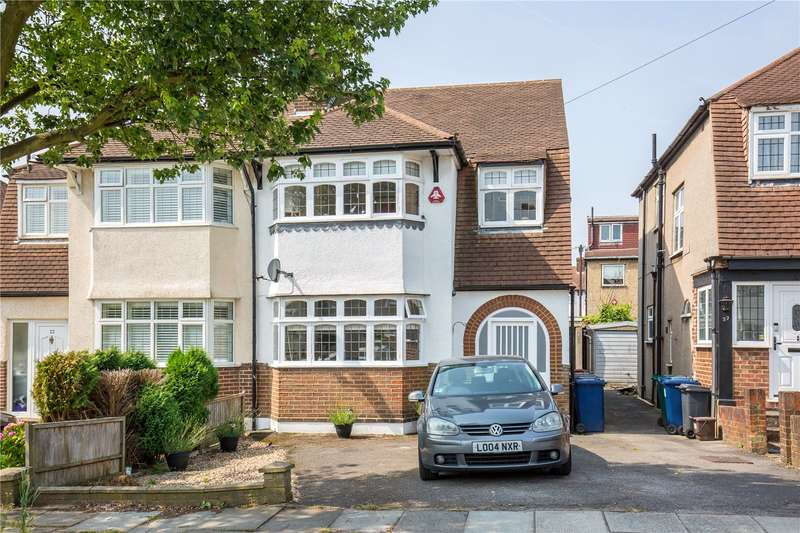 4 Bedrooms Semi Detached House for sale in Wycherley Crescent, New Barnet, London, EN5
