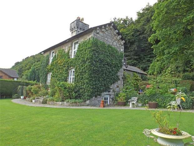 4 Bedrooms Detached House for sale in Tan Y Gopa, Abergele, Conwy