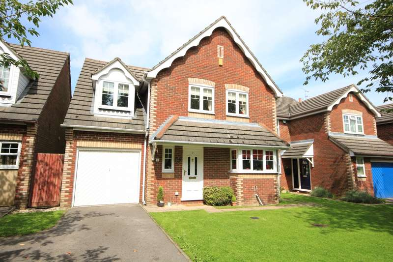 4 Bedrooms Detached House for sale in Manor Park Close, Tilehurst, Reading, RG30