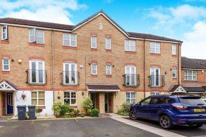 3 Bedrooms Terraced House for sale in Long Nuke Road, Northfield, Birmingham, West Midlands