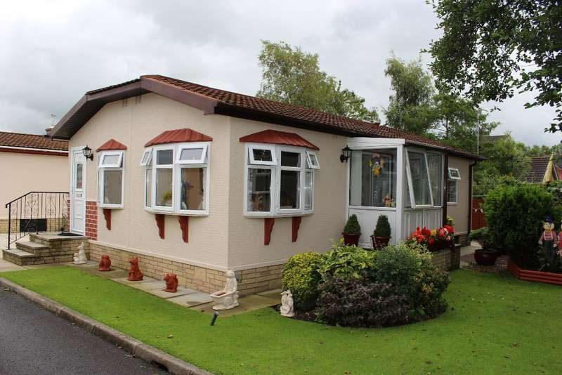 2 Bedrooms Park Home Mobile Home for sale in Lodge Park, Caterall Gates Lane, Garstang, Lancashire, PR3 1YJ