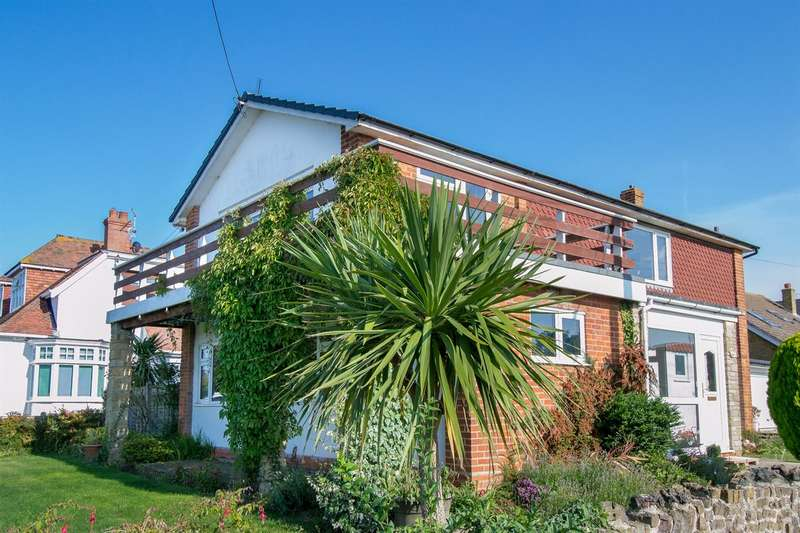 4 Bedrooms Detached House for sale in Medina Avenue, Whitstable