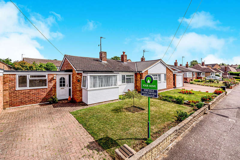 3 Bedrooms Bungalow for sale in George Street, Clapham, Bedford, MK41