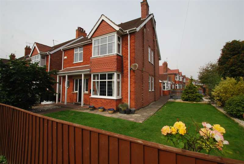 4 Bedrooms Detached House for sale in Dorothy Avenue, Skegness
