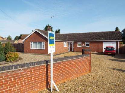 4 Bedrooms Bungalow for sale in Marham, Swaffham, Kings Lynn