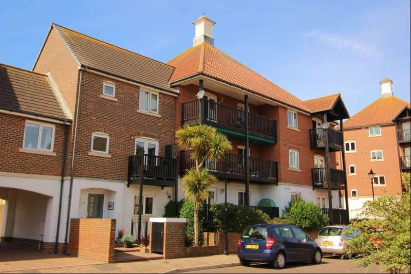 2 Bedrooms Flat for sale in Windward Quay, Eastbourne, BN23