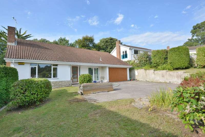 3 Bedrooms Detached Bungalow for sale in Lilliput, Poole, BH14 8HT
