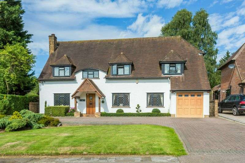 4 Bedrooms Detached House for sale in Chestnut Avenue, Rickmansworth