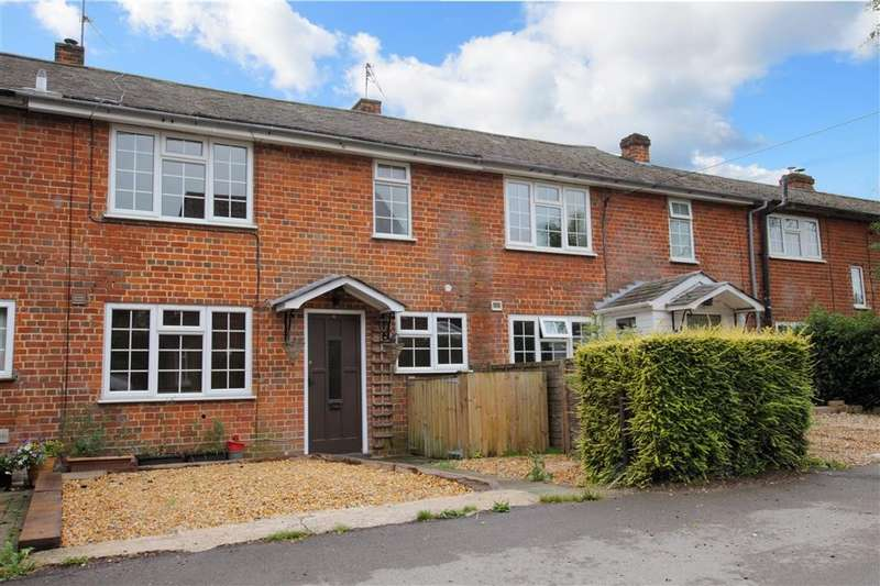 3 Bedrooms Terraced House for rent in Manor Farm Mews, Manor Farm Lane, Tidmarsh, Reading, RG8