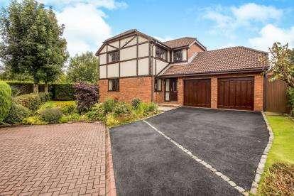 4 Bedrooms Detached House for sale in Sheraton Park, Ingol, Preston, Lancashire, PR2