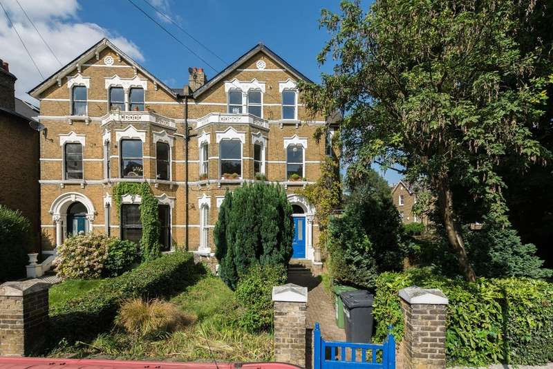 2 Bedrooms Flat for sale in Tressillian Crescent, Brockley