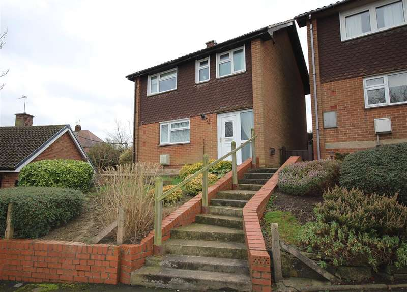 3 Bedrooms Detached House for sale in Monyash Close, Ilkeston