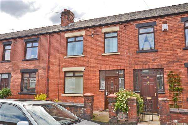 3 Bedrooms Terraced House for sale in Birch Street, Wigan