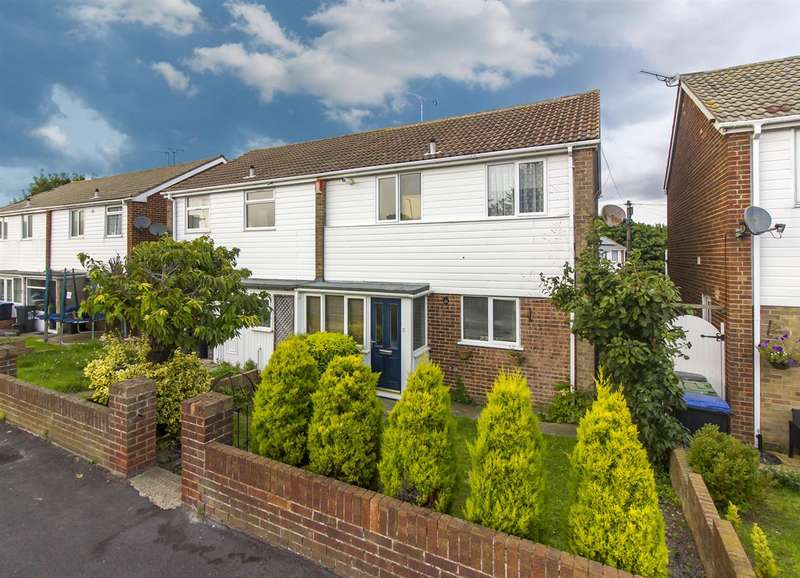 3 Bedrooms Semi Detached House for sale in Station Approach Rd., Ramsgate