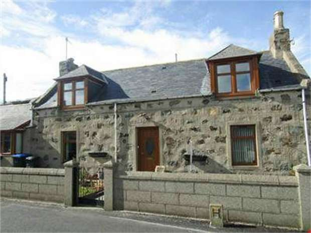2 Bedrooms Detached House for sale in Charles Street, Inverallochy, Fraserburgh, Aberdeenshire