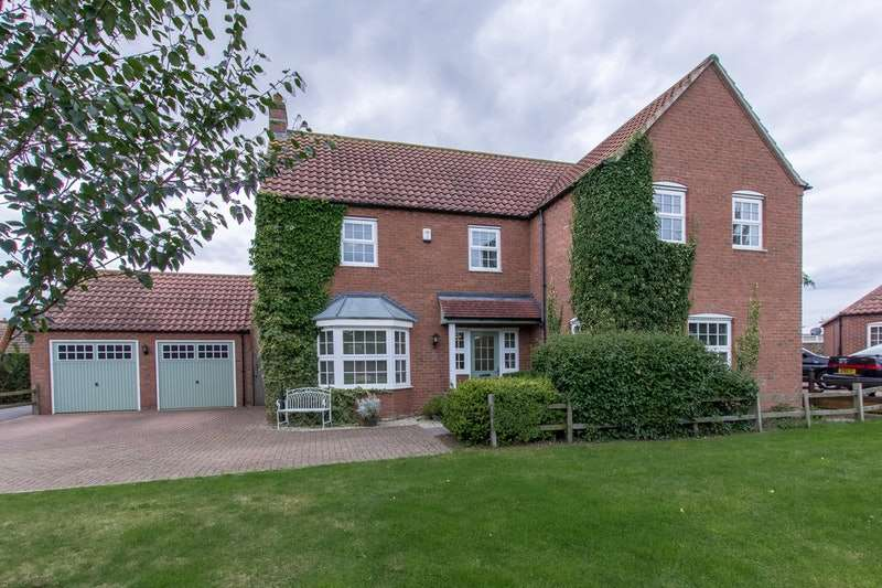 5 Bedrooms Detached House for sale in St. Lawrence Drive, Bardney, Lincolnshire, LN3
