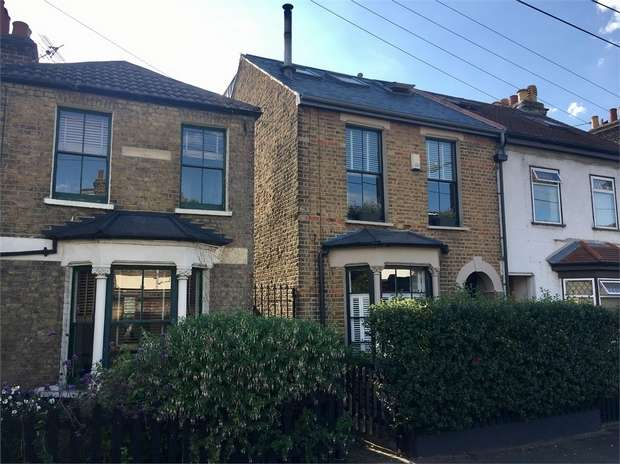 4 Bedrooms Semi Detached House for sale in Aubrey Road, Walthamstow, London