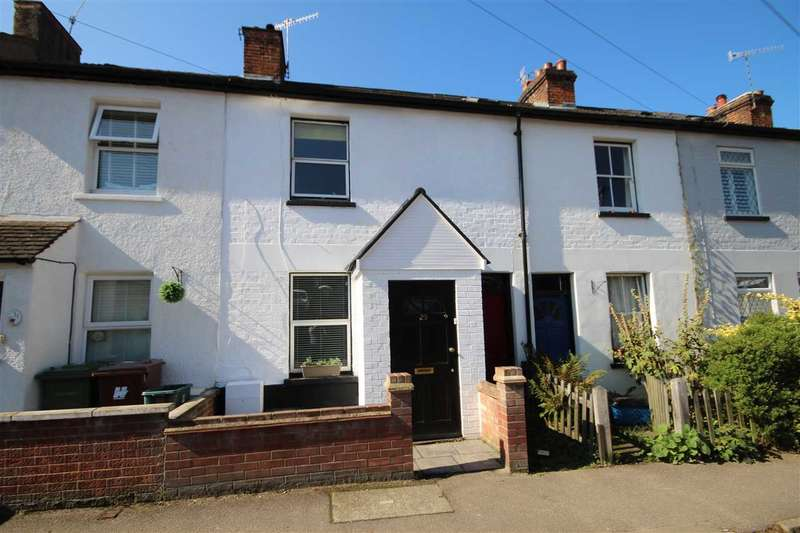 2 Bedrooms House for sale in Vale Road, Bushey, WD23.