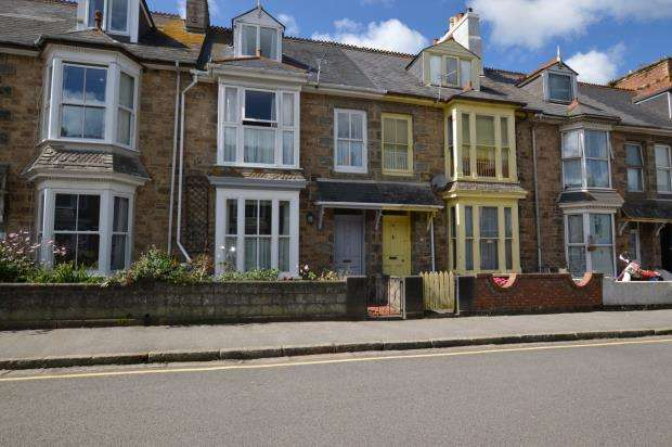 3 Bedrooms Terraced House for sale in Tolver Road, Penzance, Cornwall