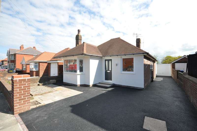 2 Bedrooms Detached Bungalow for sale in Warbreck Drive, Blackpool, Lancashire, FY2 9PP