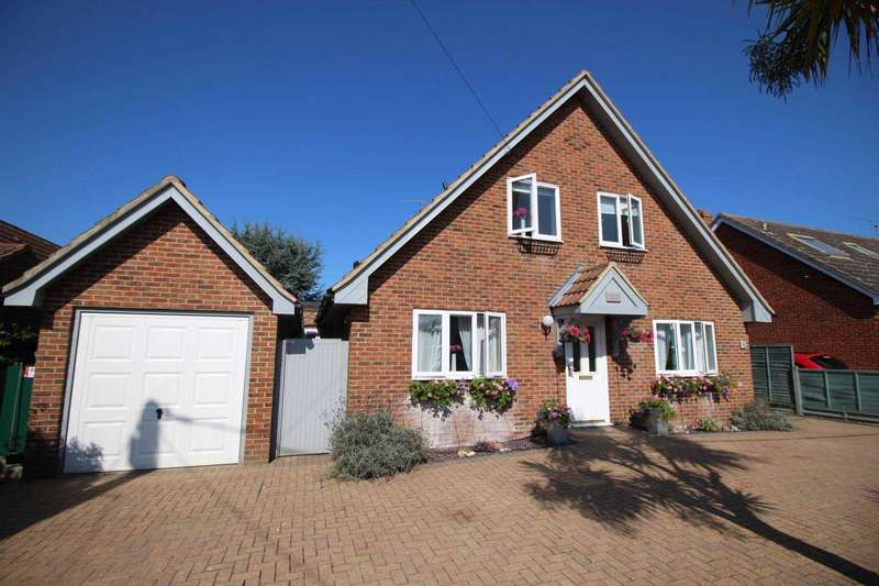4 Bedrooms Detached House for sale in Catchpole Lane, Great Totham
