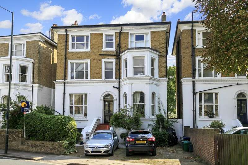 2 Bedrooms Apartment Flat for sale in Richmond Road, East Twickenham