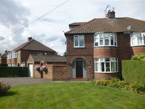 4 Bedrooms Semi Detached House for sale in Carr Lane, York