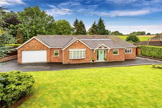 2 Bedrooms Detached Bungalow for sale in Fenn Green, Alveley, BRIDGNORTH, Shropshire